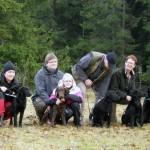 Jessica med Torhild, Jörgen och Annie med Freddy, Per med Nelson och Inger med Britta och mamma Hildur